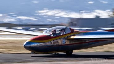 Colorado SKIES Academy learner in glider with pilot