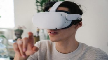 Virtual Reality Lab Available